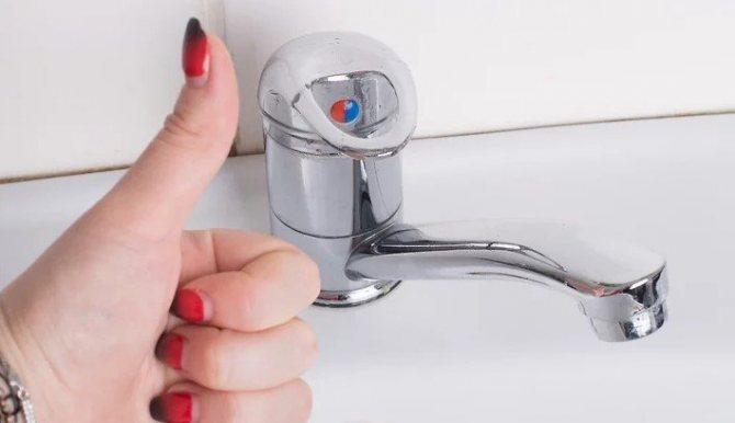 Как почистить смеситель от известкового налета