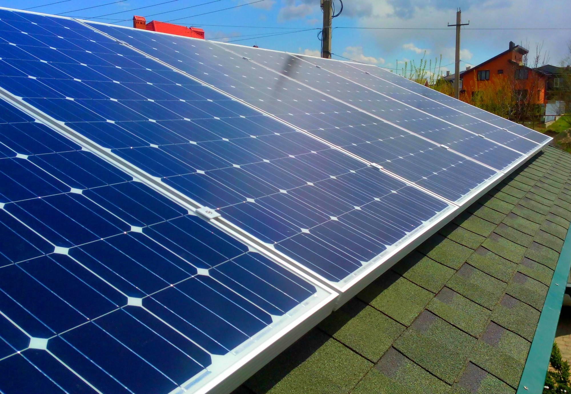 Принцип работы и устройство солнечной батареи.