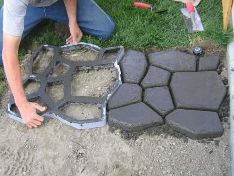 Тротуарная плитка своими руками в домашних условиях: технология изготовления и укладки с пошаговыми инструкциями и фото + видео