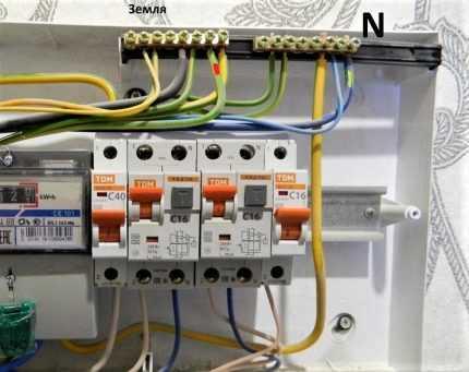 Как грамотно подключить автоматы в электрическом щите