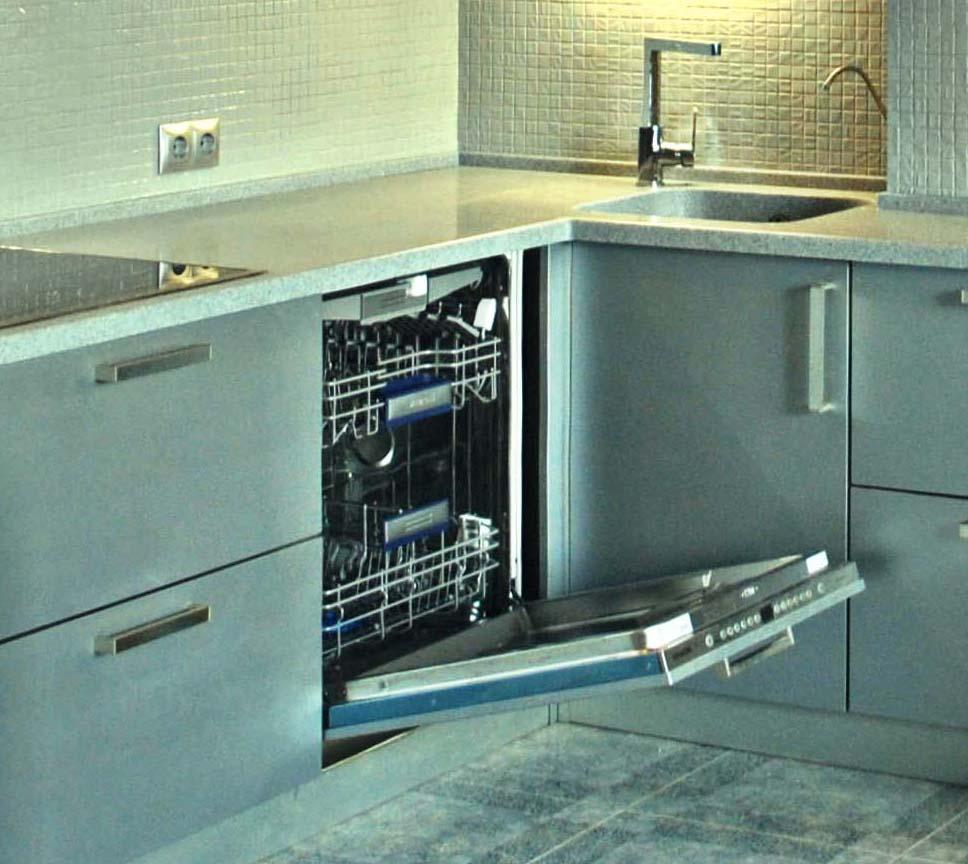 Как встроить посудомойку: некоторые особенности