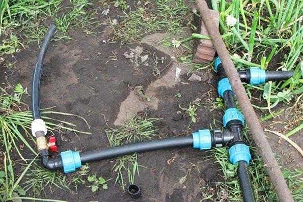 Система полива на даче: разнообразие вариантов для орошения растений
