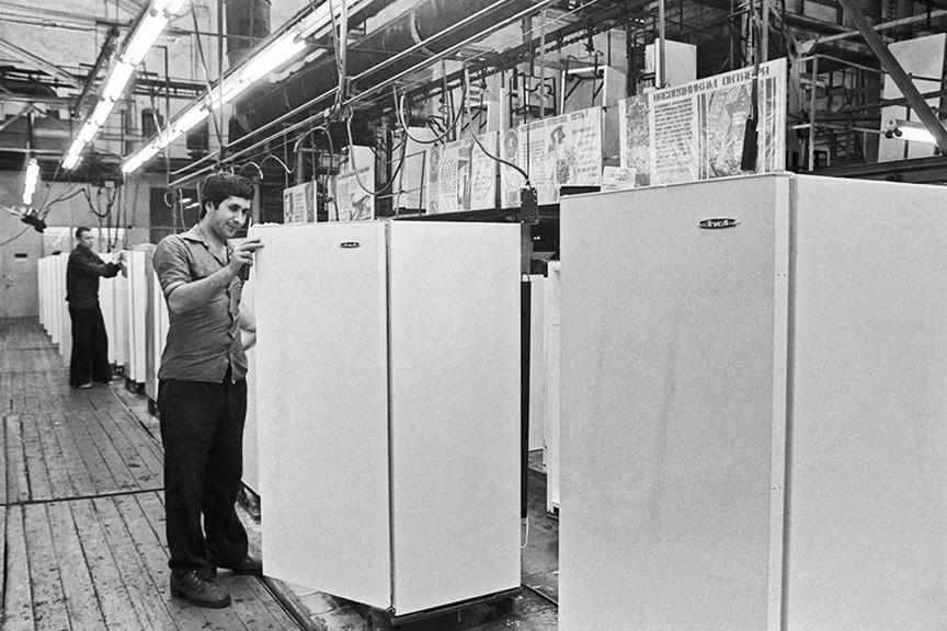 Как выбрать хороший двухкамерный холодильник и особенности его устройства