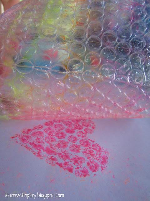 Что можно сделать из пузырчатой пленки — topsamoe.ru