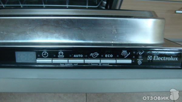 Посудомойка электролюкс не сливает воду: что делать, как обнаружить неисправность и возобновить нормальный слив?