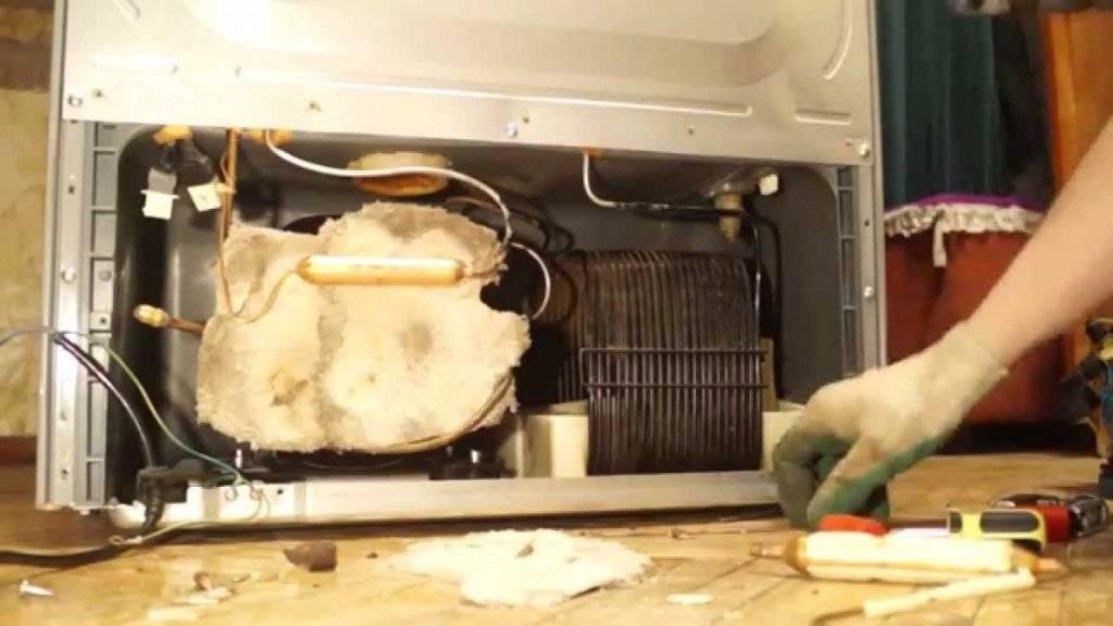 Холодильник работает, но не морозит, причины и устранение неисправностей