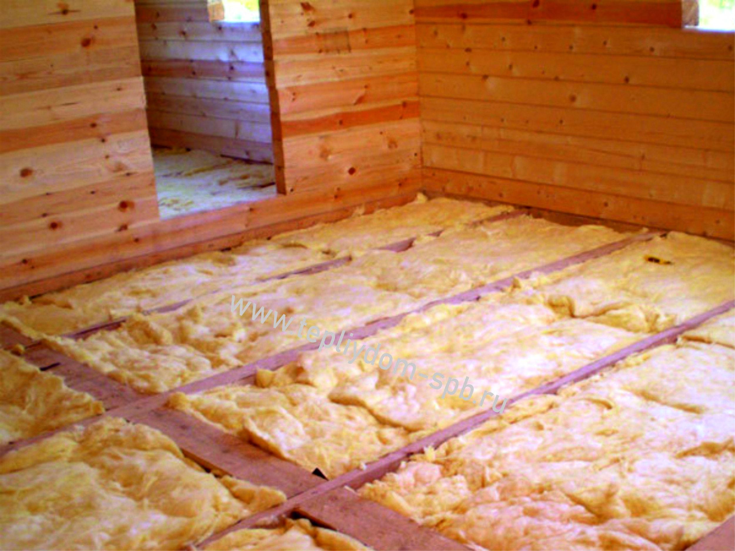 Как утеплить пол в деревянном доме своими руками: выбор утеплителя и способы монтажа