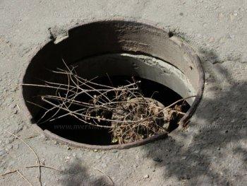 Горе люковое: что делать, если видишь открытый канализационный колодец