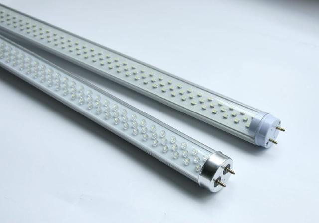 Выбор между люминесцентными и светодиодными лампами