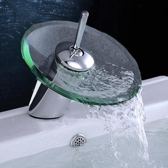Обзор смесителей с каскадным изливом для ванной с душем: характеристики