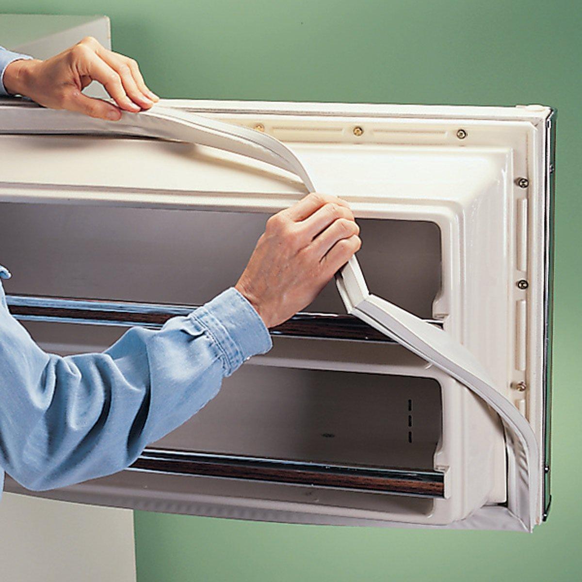 Уплотнитель для холодильника: правила выбора и замены уплотнительной резинки