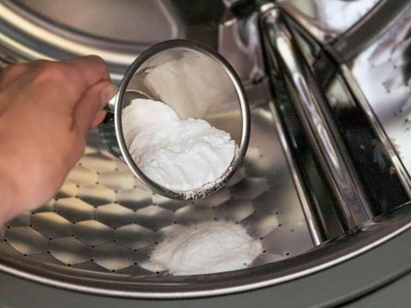 Можно ли засыпать стиральный порошок в барабан стиральной машины
