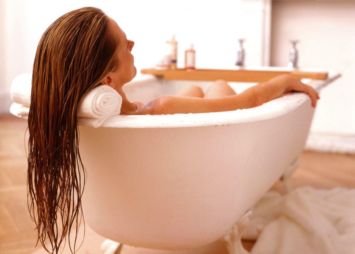 Можно ли принимать ванну во время беременности: горячую на ранних сроках