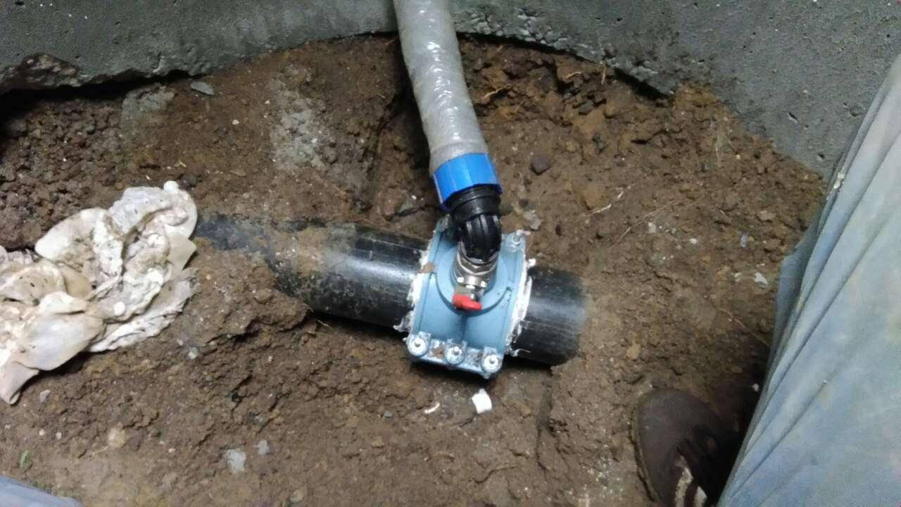 Врезка под давлением в водопровод: технология проведения работ