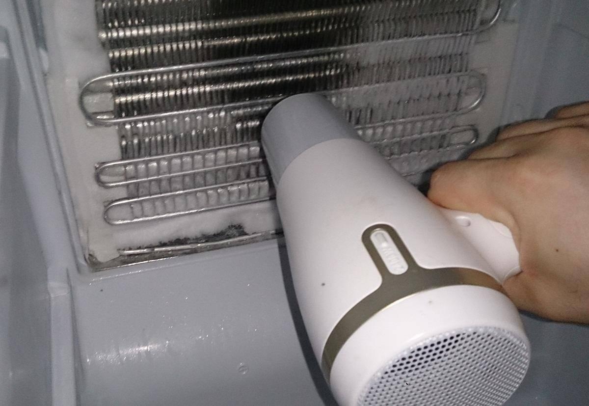 Как правильно и быстро разморозить холодильник за 8 шагов