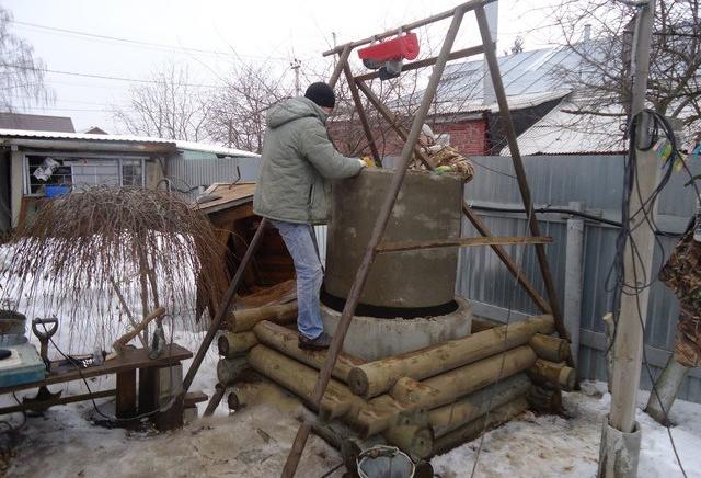 Углубление колодца своими руками при помощи бетонных колец и пластиковой трубы