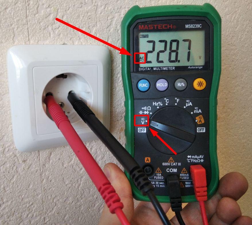Как замерить напряжение в розетке - всё о электрике в доме