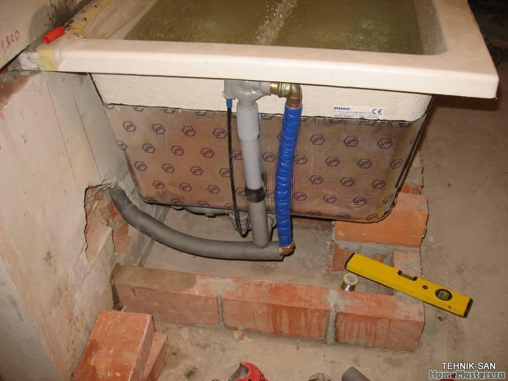 Установка акриловой ванны своими руками на кирпичи и металлический каркас: особенности проведения работ