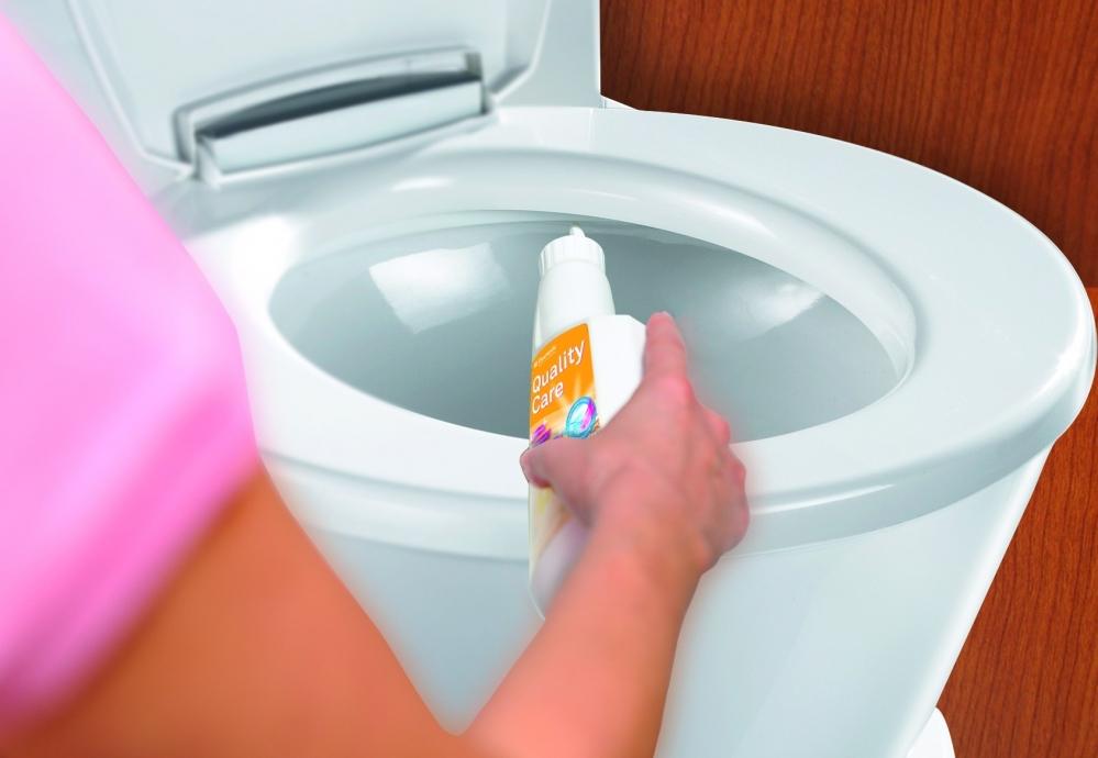 Как устранить засор унитаза: чем и как прочистить засорившийся слив в домашних условиях