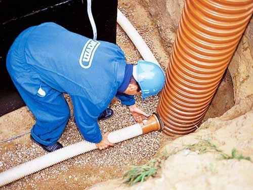 Советы по разводке канализации в частном доме своими руками