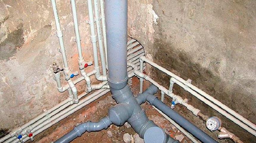 Пошаговая инструкция по замене стояка канализации