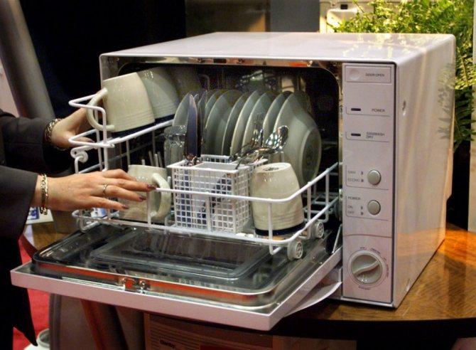 Как запустить посудомоечную машину в первый раз