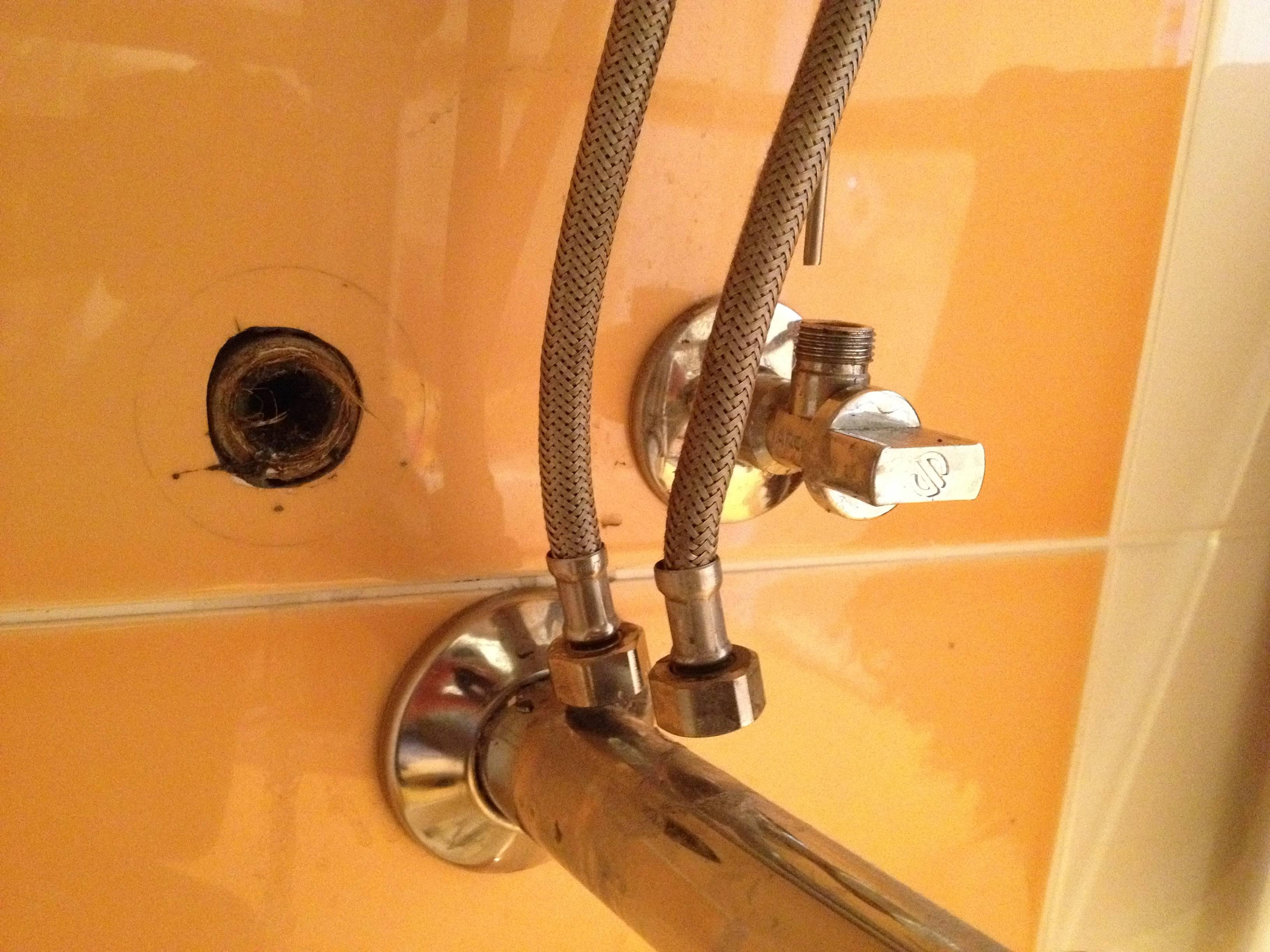 Шланг для смесителя: жесткая медная подводка для воды в ванной, размеры 1/2 и 3/8 дюйма, схемы подключения, как открутить и заменить