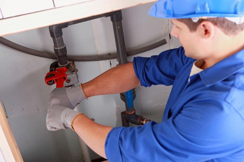 Почему гудят трубы водопроводные в квартире в стояке при открытии крана