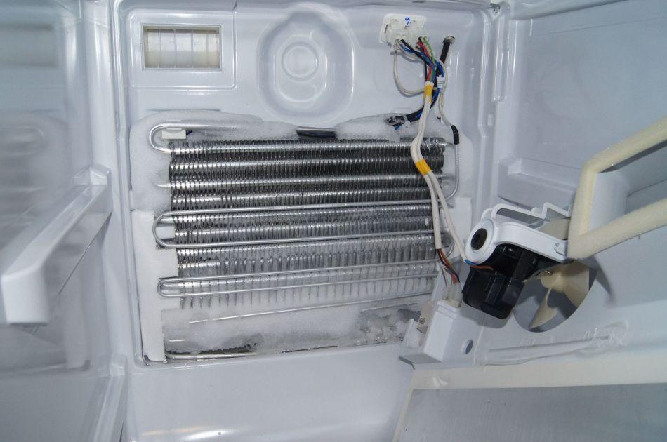 Если холодильник сильно морозит — что делать