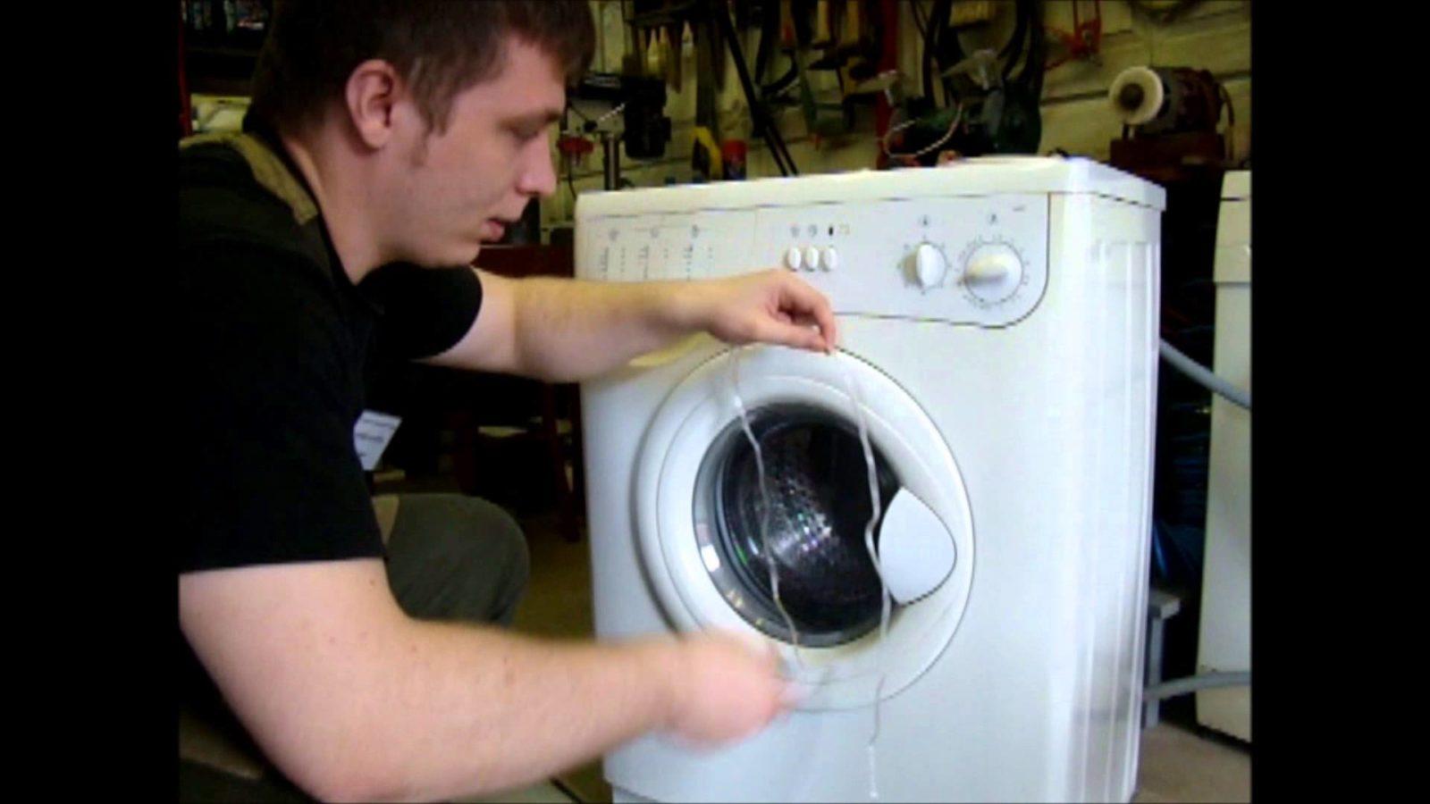 Как открыть стиральную машинку индезит, если она заблокирована
