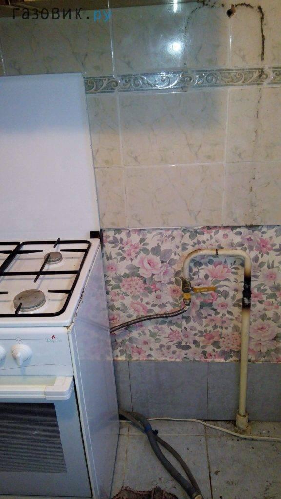 Расширяем кухню: как правильно оформить перенос в жилую комнату или коридор?