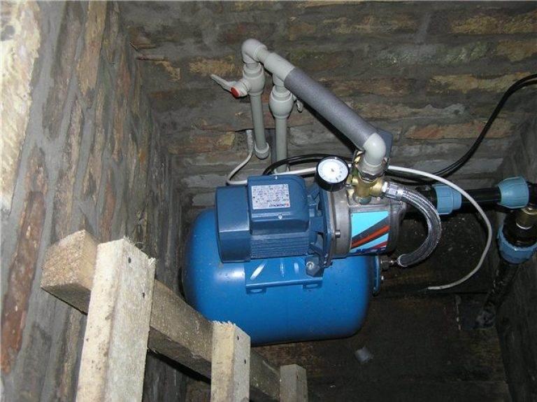 Подключение насосной станции к скважине – делаем все правильно + видео