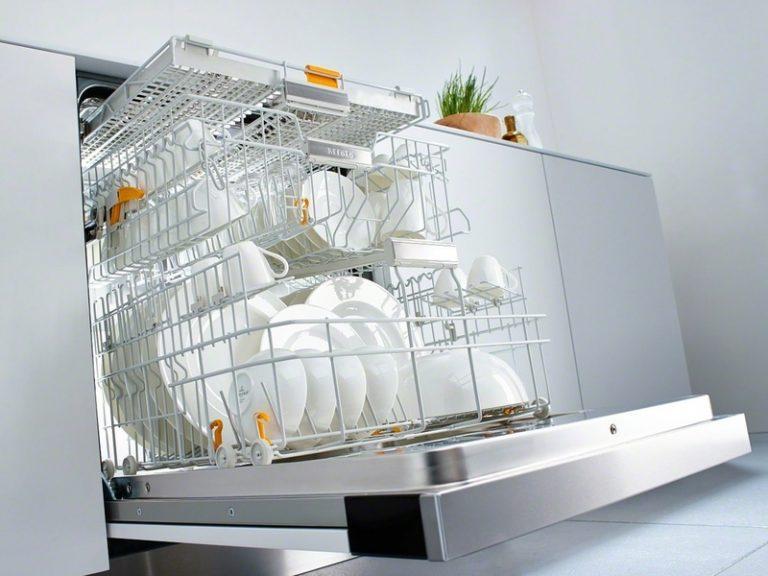 Как выбрать посудомоечную машину для дома: советы и рекомендации