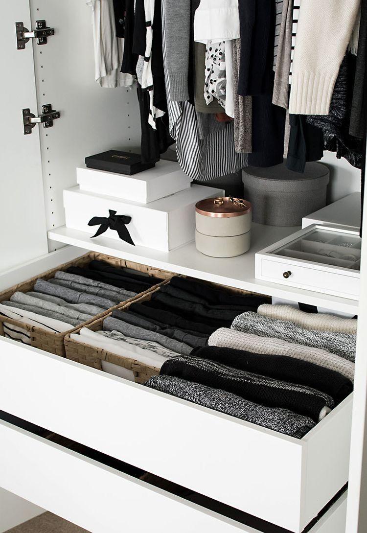 Как компактно, аккуратно и красиво сложить вещи в шкафу на полках, чтобы был порядок, системы хранения