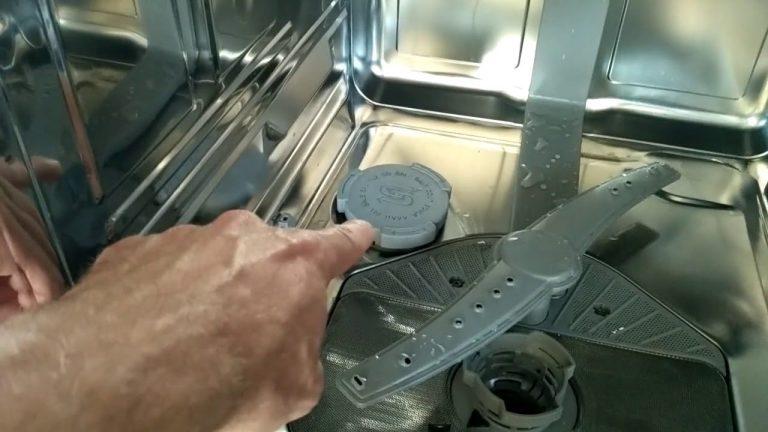 Белый налет в посудомоечной машине: почему появляется + как устранить - точка j