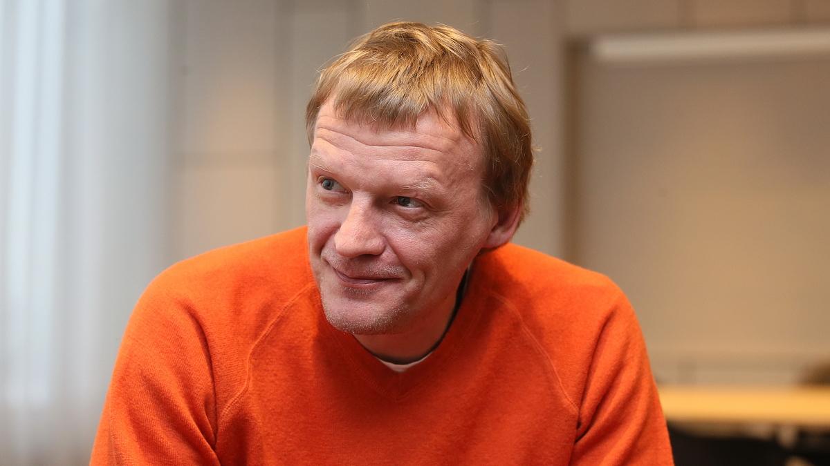 Алексей Серебряков и тайна его жилья — почему знаменитый актер покинул Россию