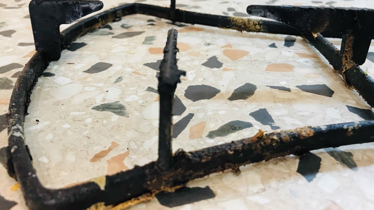 Как почистить решетку газовой плиты от нагара и жира народными способами?