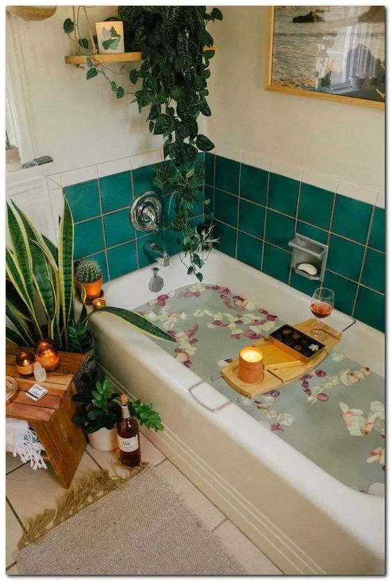 Как украсить ванную комнату: популярные варианты