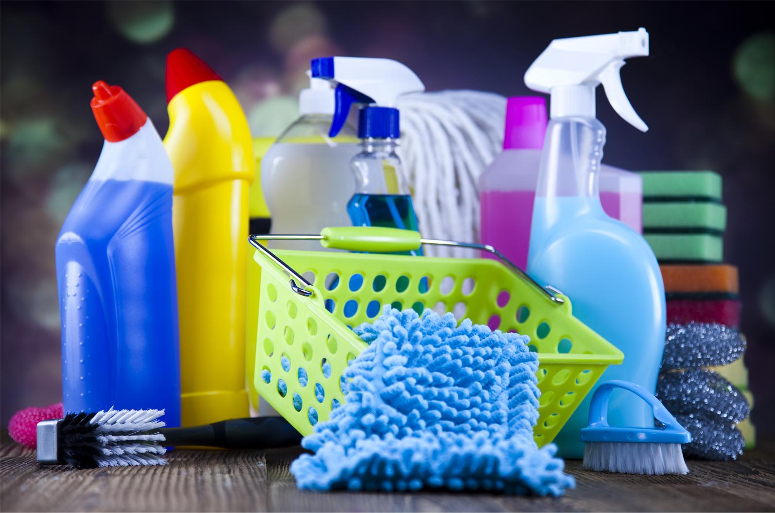 Много функций в одной вещи: 7 необычных применений в быту отпаривателя одежды