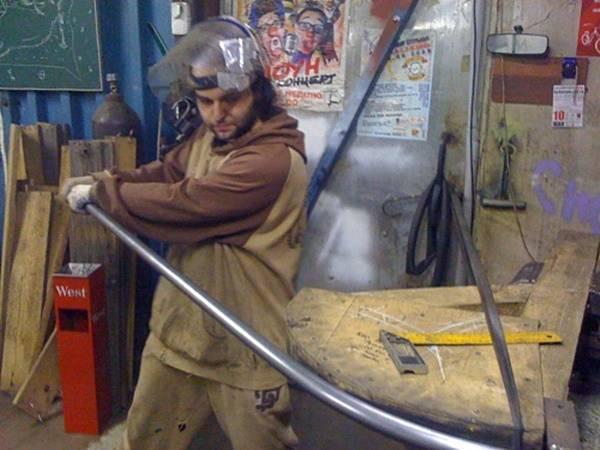Как гнуть трубу на трубогибе – принцип работы