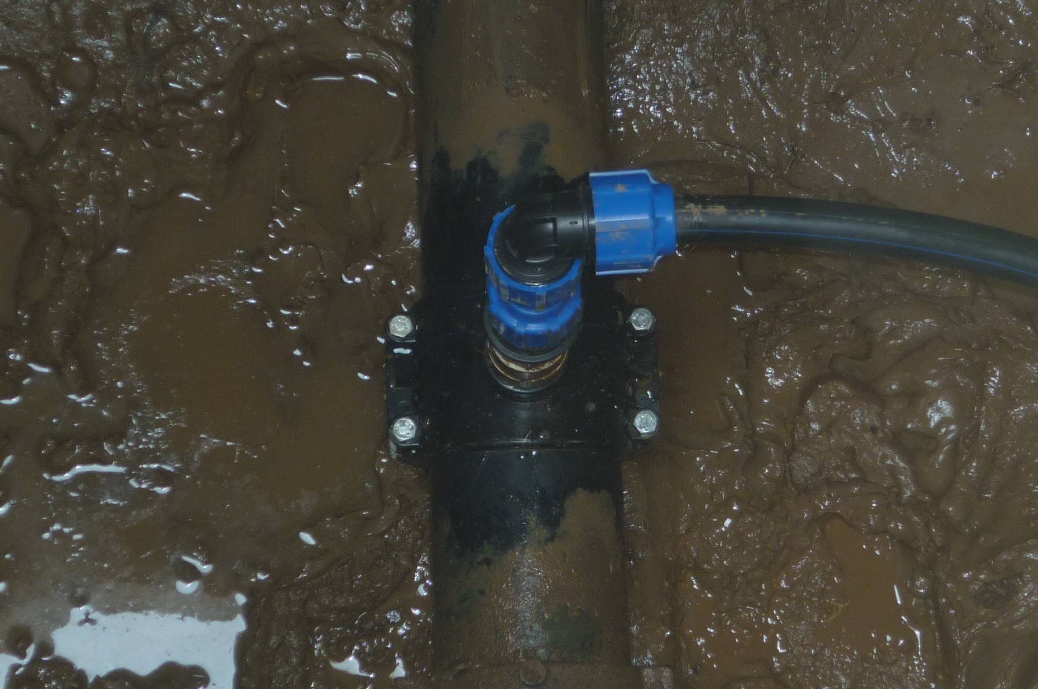 Технология проведения врезки в существующий водопровод под давлением