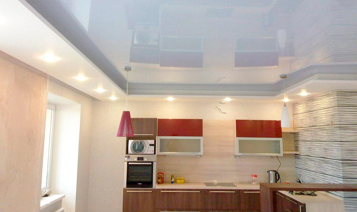Натяжные потолки на кухне: фото дизайна, оптимальные варианты оформления