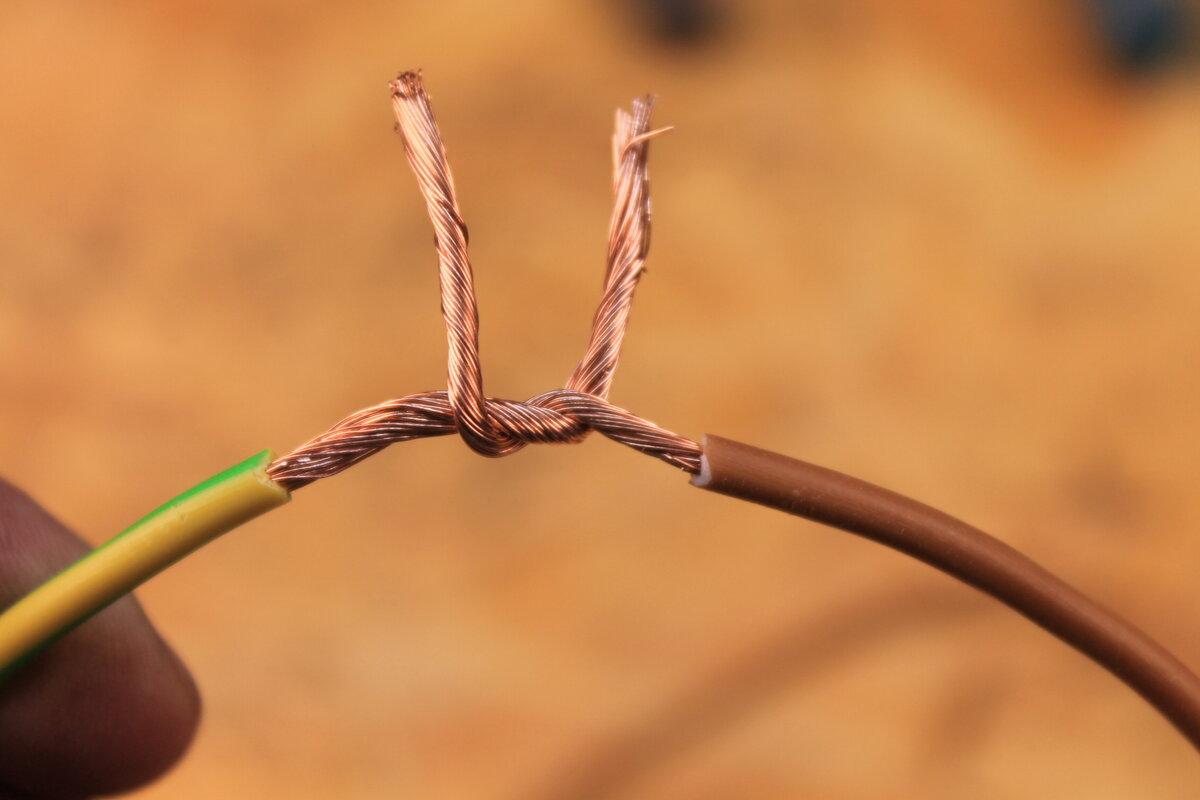 Как правильно сделать скрутку проводов разными способами