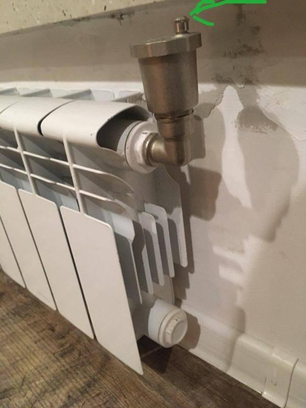 Спуск воздуха в батарее отопления: как правильно его выпустить, причины возникновения в радиаторе
