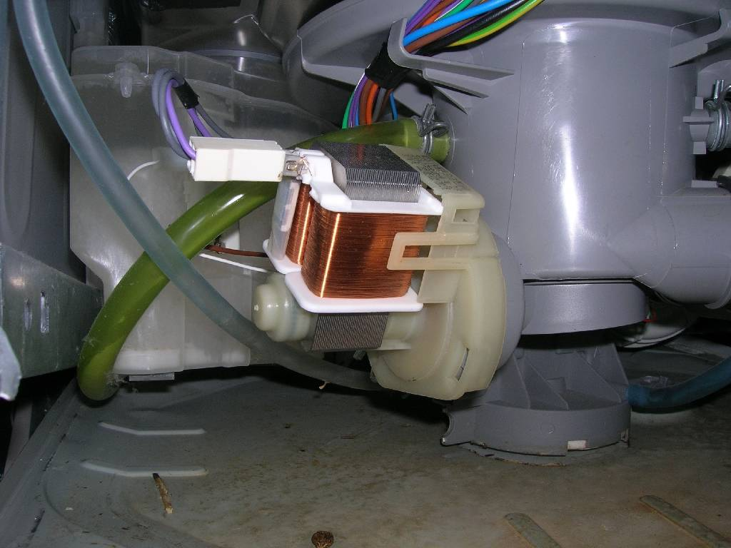 Ремонт посудомоечной машины: причины и частые поломки, пошаговая инструкция и способы устранения проблем