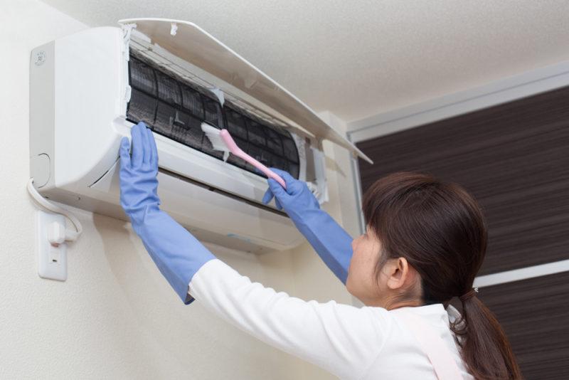 Как чистят кондиционер: пошаговая инструкция для самостоятельной очистки
