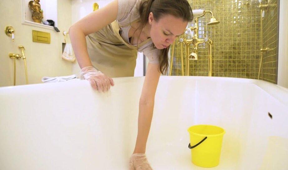 Как отмыть ванну: препараты и народные средства для чистки в домашних условиях
