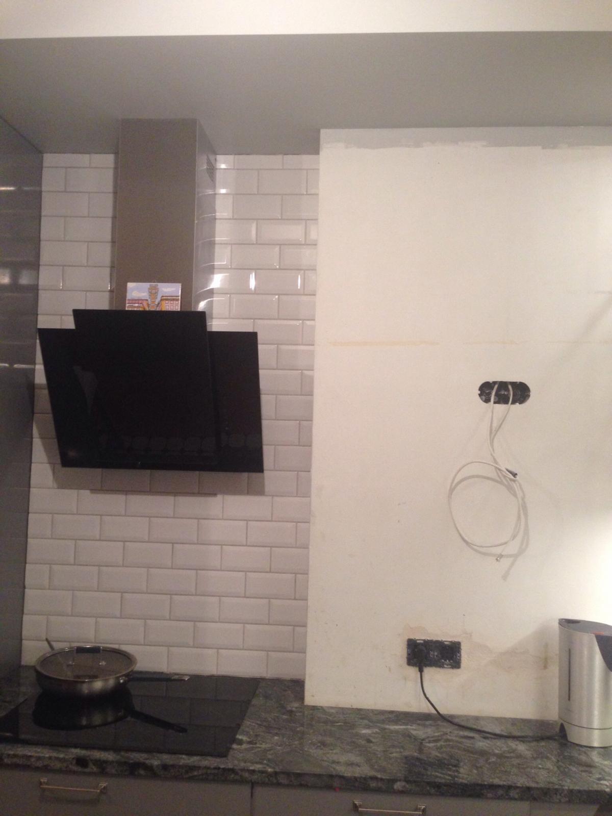Вентиляция на кухне с газовой плитой в квартире и частном доме: видео-инструкция по монтажу своими руками, сечение воздуховода системы, требования, обратный клапан, решетка с вентиляционным выступом,