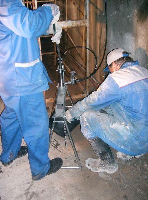 Почему при заливке бетона появляются трещины. почему трескается бетон при высыхании: причины. что делать с треснутым бетоном