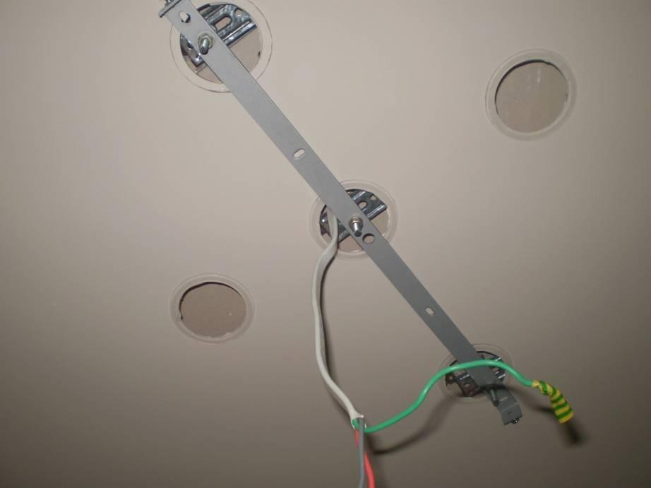 Монтаж светильника в подвесной потолок своими руками